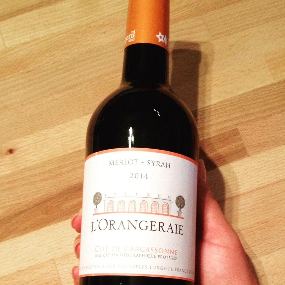 Bouteille de vin L'orangeraie, comme accord vin et livre.